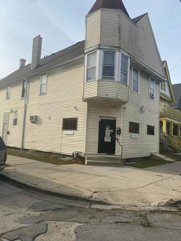 1201 W Wright St, Milwaukee, WI 53206 (#1722493) :: RE/MAX Service First