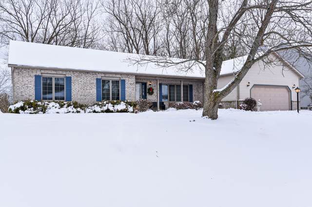 5811 Finch Ln, Caledonia, WI 53402 (#1722512) :: RE/MAX Service First