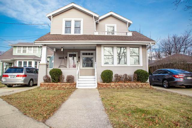 3208 Osborne Blvd, Racine, WI 53405 (#1722529) :: RE/MAX Service First