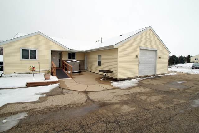 700 Badger Ct #702, Fort Atkinson, WI 53538 (#1722730) :: OneTrust Real Estate