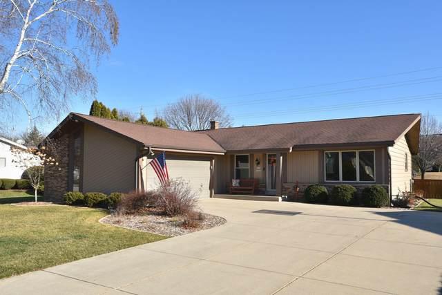 W156N10668 Cobbler Ln, Germantown, WI 53022 (#1723296) :: OneTrust Real Estate
