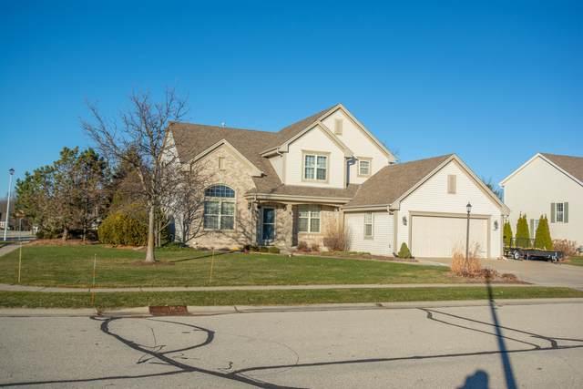 1262 Redwing Dr, Oconomowoc, WI 53066 (#1723365) :: OneTrust Real Estate