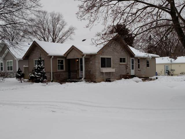 W175S7034 Hiawatha Dr, Muskego, WI 53150 (#1723434) :: RE/MAX Service First
