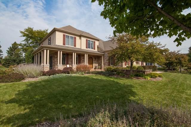 1738 River Lakes Rd N, Oconomowoc, WI 53066 (#1723528) :: OneTrust Real Estate
