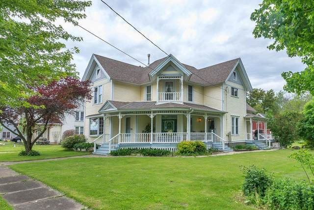 2529 Langmaid St, Rochester, WI 53105 (#1723547) :: RE/MAX Service First