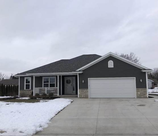 532 Pine Ridge Ave, Howards Grove, WI 53083 (#1723768) :: RE/MAX Service First