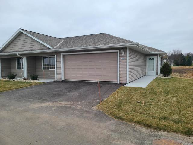 1321 Wilson Ave, Hartford, WI 53027 (#1723846) :: EXIT Realty XL
