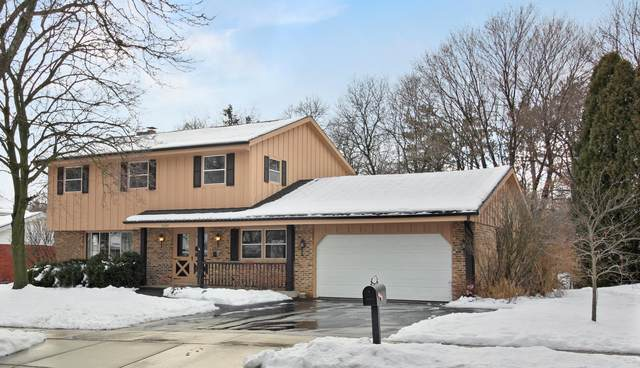 12045 W Ohio Ave, West Allis, WI 53227 (#1723917) :: RE/MAX Service First