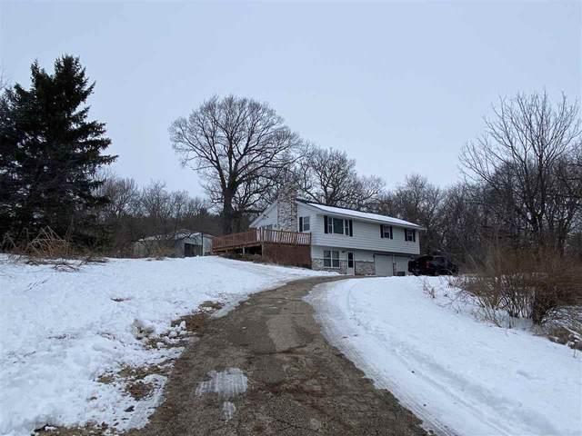 N6855 County Road O, Lake Mills, WI 53559 (#1723928) :: Tom Didier Real Estate Team