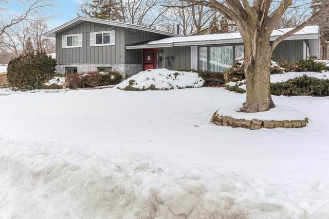 4400 Westway Ave, Racine, WI 53405 (#1724131) :: OneTrust Real Estate