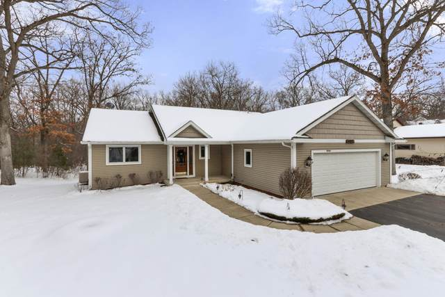 W5446 Hillview Rd, Sugar Creek, WI 53121 (#1724199) :: RE/MAX Service First