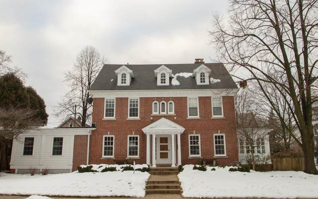 3373 N Hackett Ave, Milwaukee, WI 53211 (#1724209) :: OneTrust Real Estate