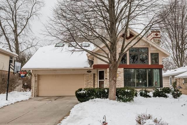 4947 W Jackson Park Dr, Milwaukee, WI 53219 (#1724440) :: OneTrust Real Estate