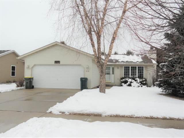 516 Broadmoore Dr, Hartford, WI 53027 (#1724474) :: OneTrust Real Estate