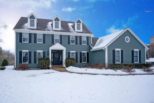 N15W30118 Timberbrook Rd, Delafield, WI 53072 (#1724497) :: OneTrust Real Estate