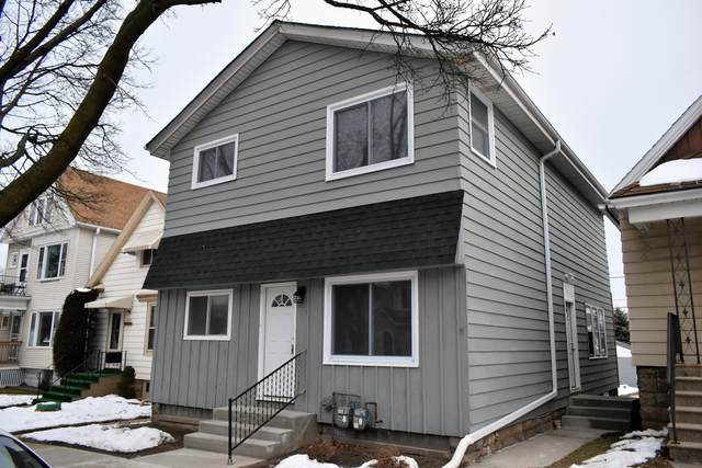 2636 S 9th Pl, Milwaukee, WI 53215 (#1724575) :: RE/MAX Service First