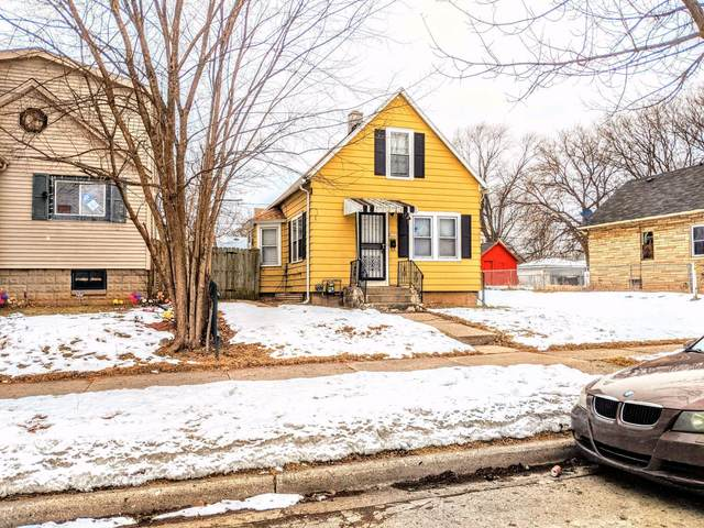 4723 N 34th St, Milwaukee, WI 53209 (#1724625) :: RE/MAX Service First