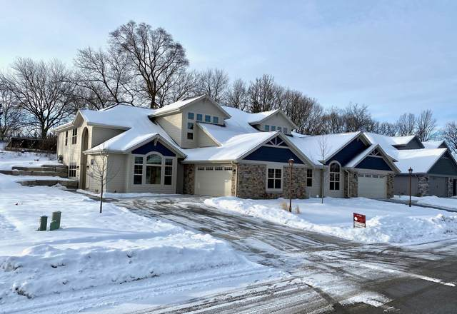 3609 Hawthorn Hill Dr., Waukesha, WI 53188 (#1724653) :: RE/MAX Service First