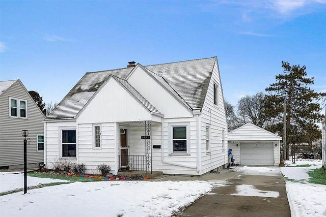 1332 E Crawford Ave, Milwaukee, WI 53207 (#1724669) :: OneTrust Real Estate
