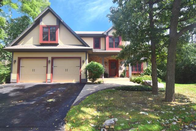 4060 Stonewood Ct, Brookfield, WI 53045 (#1724688) :: OneTrust Real Estate