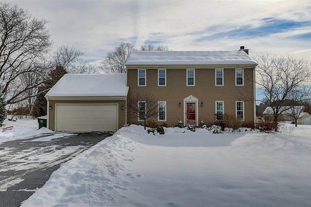 W318S3234 Squire Rd, Genesee, WI 53189 (#1724697) :: OneTrust Real Estate
