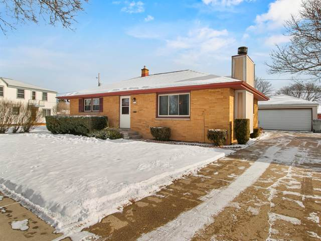 4120 N 78th St, Milwaukee, WI 53222 (#1724746) :: RE/MAX Service First