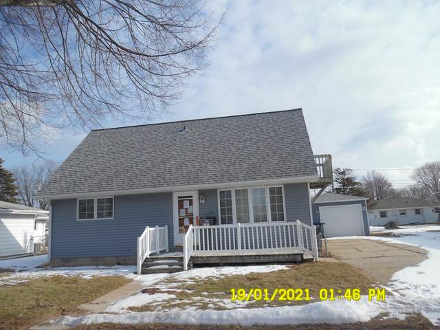 2727 S 20 St, Sheboygan, WI 53081 (#1724748) :: RE/MAX Service First