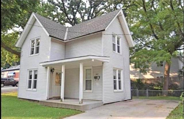 241 Maria St, Waukesha, WI 53188 (#1724764) :: OneTrust Real Estate