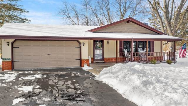 W287N6599 Hibritten Way, Merton, WI 53029 (#1724770) :: Tom Didier Real Estate Team