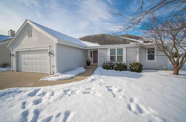 3544 River Valley Rd, Waukesha, WI 53189 (#1724797) :: Tom Didier Real Estate Team