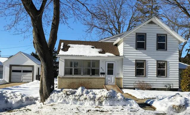 515 S Whitewater Ave, Jefferson, WI 53549 (#1724820) :: Tom Didier Real Estate Team