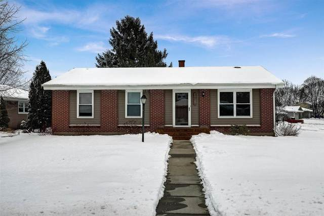 5025 Emstan Hills Rd, Racine, WI 53406 (#1724974) :: Tom Didier Real Estate Team