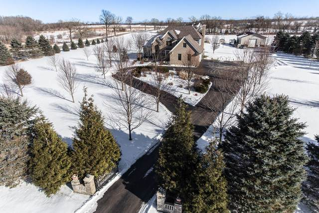 N1686 Heartland Dr, Bloomfield, WI 53147 (#1725010) :: OneTrust Real Estate