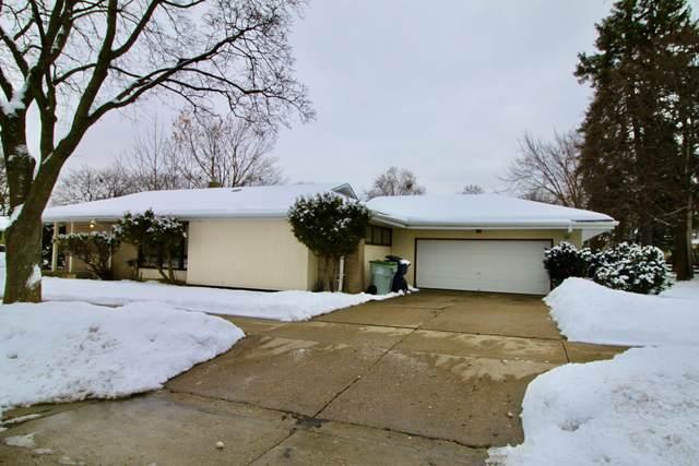 4575 N 85th St, Milwaukee, WI 53225 (#1725061) :: Tom Didier Real Estate Team