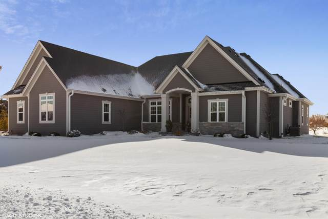 10117 S Barrington Dr, Oak Creek, WI 53154 (#1725212) :: OneTrust Real Estate