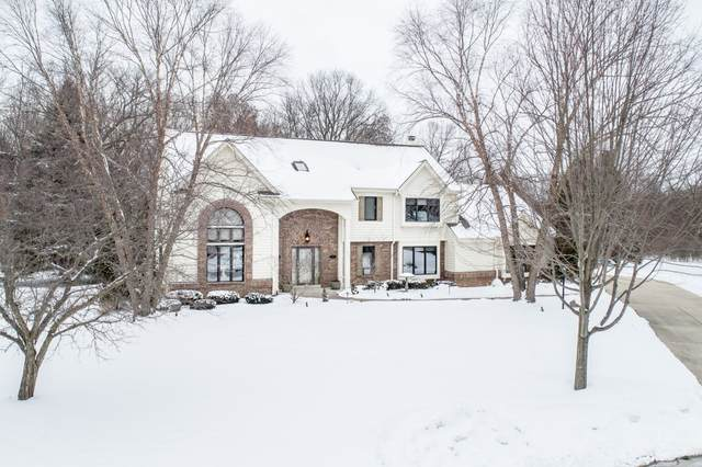 1314 Shelly Ln, Hartland, WI 53029 (#1725392) :: OneTrust Real Estate