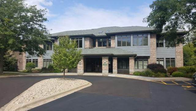 8500 Greenway Blvd, Middleton, WI 53562 (#1725945) :: RE/MAX Service First