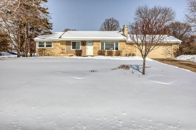 18550 Beverly Hills Dr, Brookfield, WI 53045 (#1726049) :: RE/MAX Service First