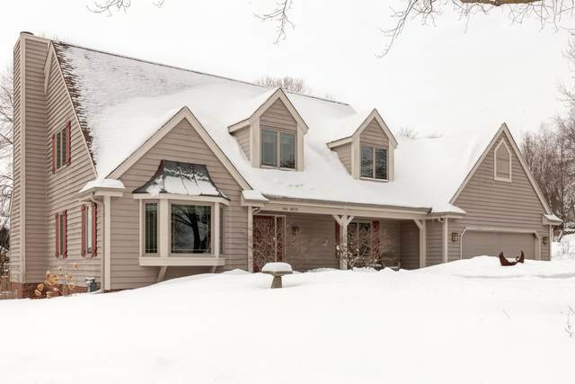 N96W7227 Coventry St, Cedarburg, WI 53012 (#1726067) :: OneTrust Real Estate