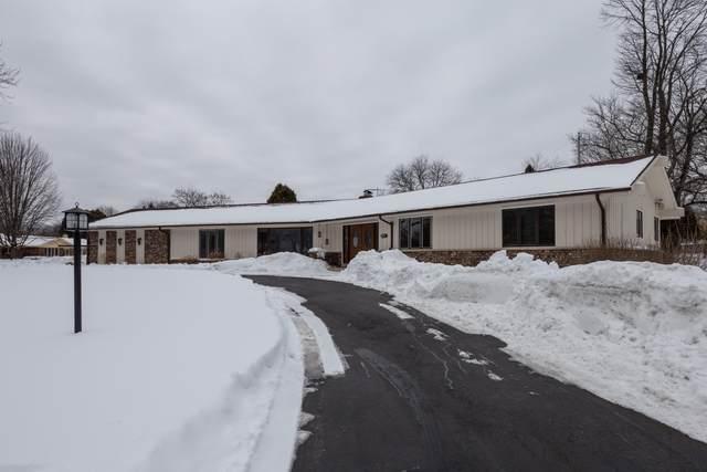 7401 N Pierron Rd, Glendale, WI 53209 (#1726139) :: OneTrust Real Estate