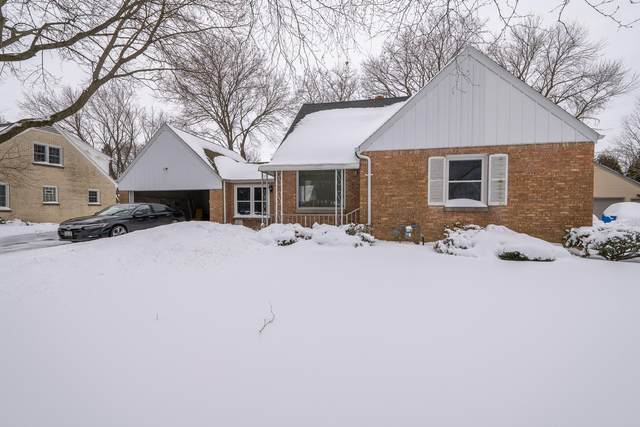 7623 N Fairchild Rd, Fox Point, WI 53217 (#1726216) :: OneTrust Real Estate