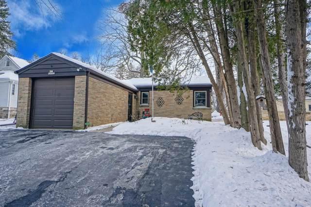 N21W29743 Glen Cove Rd, Delafield, WI 53072 (#1726263) :: OneTrust Real Estate