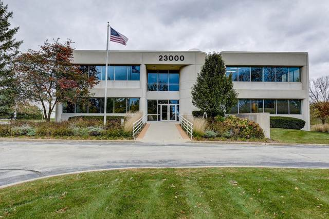 N28W23000 Roundy Dr 100/110, Pewaukee, WI 53072 (#1726651) :: EXIT Realty XL