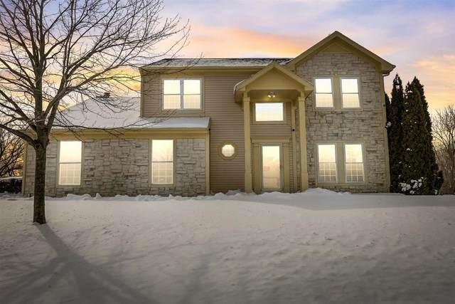 8809 W Elm Ct, Franklin, WI 53132 (#1727104) :: OneTrust Real Estate