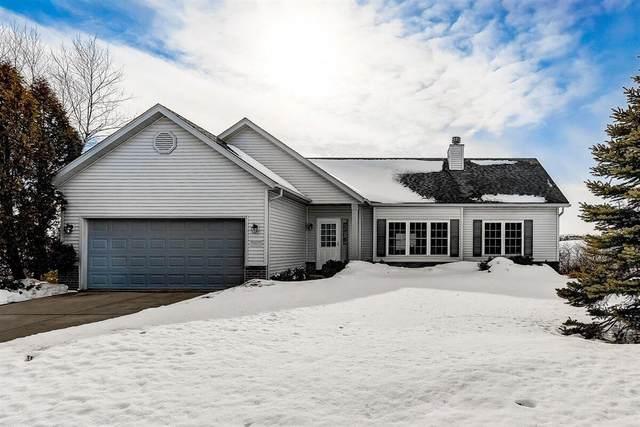 1057 Cumberland Ln, Port Washington, WI 53074 (#1727788) :: Tom Didier Real Estate Team