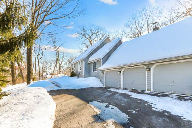 105 Evergreen Ln, Twin Lakes, WI 53181 (#1727790) :: OneTrust Real Estate