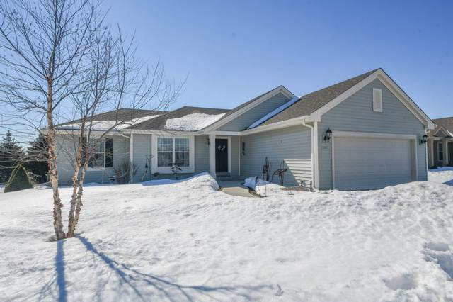3205 Tanglewood Dr, Waukesha, WI 53189 (#1728009) :: RE/MAX Service First