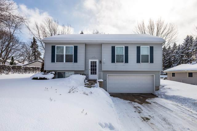 N70W23739 Prides Rd, Sussex, WI 53089 (#1728029) :: EXIT Realty XL