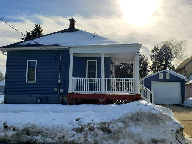 405 Arthur St, Watertown, WI 53098 (#1728144) :: RE/MAX Service First
