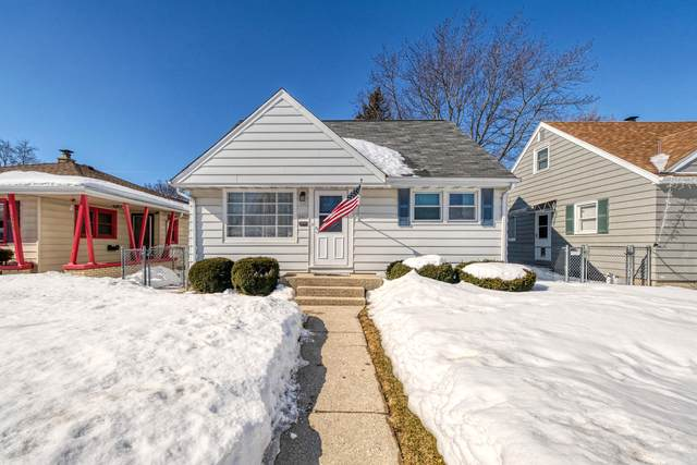 3461 N 77th St, Milwaukee, WI 53222 (#1728289) :: RE/MAX Service First